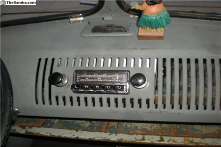 OG blaupunkt restored radio - 6V-12V