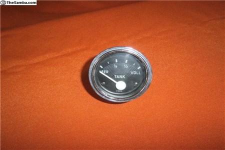 61 VDO fuel gauge