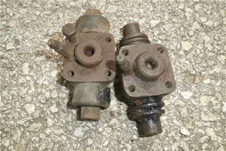 OG Split bug 4 hole wheel cylinder
