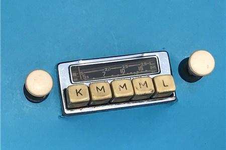 Oval Beetle Blaupunkt Radio